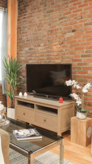 Sturdy - real wood TV stand/with drawers - tan- greysh for Sale in New York, NY