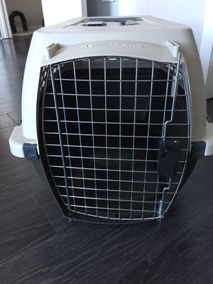 Petmate Kennel Cab Small per Carrier for Sale in Chicago, IL