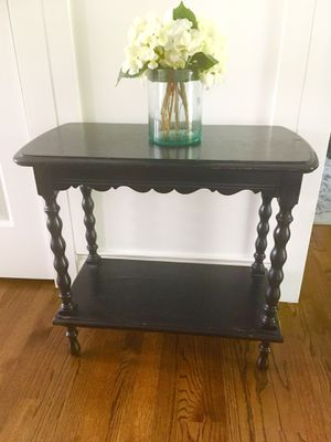 """Antique Spindle black leg 2 tier entry or end table 26""""w x 14""""d x 23.5""""tall for Sale in Huntersville, NC"""