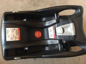 Britax black car seat and bases for Sale in NO POTOMAC, MD