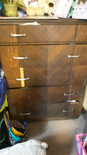 Free dresser for Sale in Spencer, MA