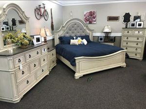 🍻$39 Down Payment 💥  SPECIAL] Realyn Chipped White Panel Bedroom Set for Sale in Jessup, MD