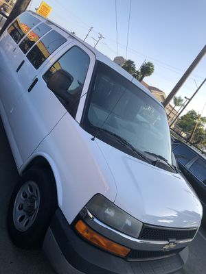 2009 Chevy express van for Sale in Bellflower, CA