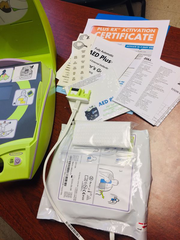 BRAND NEW ZOLL AED PLUS