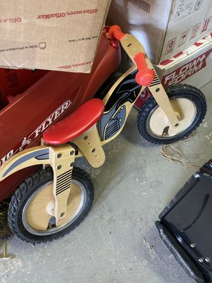 Balance Bike , very good condition for Sale in Paramus, NJ