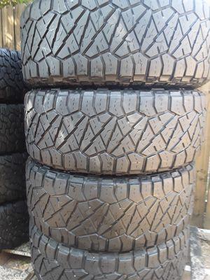 sedt of 4 35125020 Nito rringregr Granper con un 75 de tred buenísimas condiciones no parches no plagas for Sale in Arlington, TX
