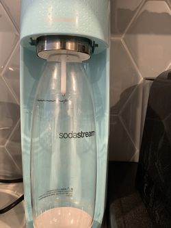 SodaStream + 2 Gas Cans for Sale in Cleveland,  OH