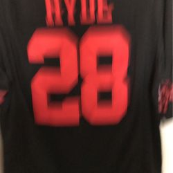 Carlos Hyde San Francisco 49ers number 28 black almost new Nike on field San Francisco 49ers NFL football jersey for Sale in Bakersfield,  CA