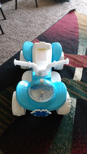 Girls frozen 6v power wheel ride on for Sale in Rancho Cordova, CA