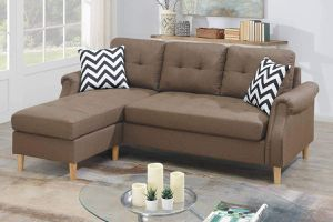 LIGHT BROWN REVERSIBLE SECTIONAL CHAISE SOFA / SILLON SECCIONAL for Sale in Temecula, CA
