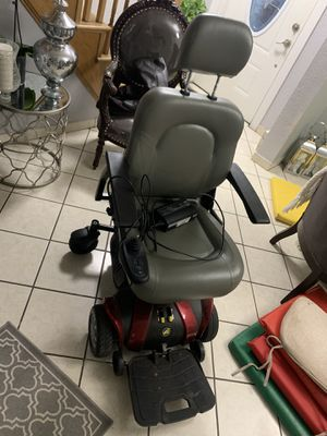 GOLDEN - COMPASS SPORT - POWER CHAIR for Sale in Lowell, MA