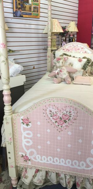 Hand painted twin bed for Sale in Philadelphia, PA
