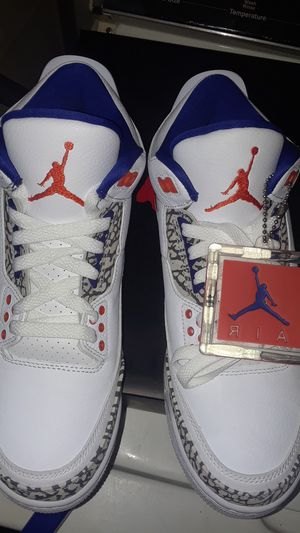 JORDAN'S RETRO 3S ORANGE &BLUE BRAND NEW NEVER Ues THEY KAME IN A SMALL SIZE THEY A SIZE 7.5 for Sale in Tampa, FL
