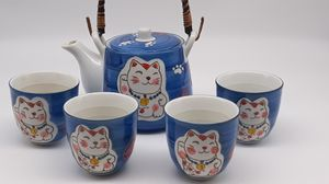Tea Set with 4 Cups that have a cat and cat paws for Sale in Vancouver, WA