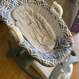 Rock And Glide Soothing Chair for Sale in Mesa, AZ