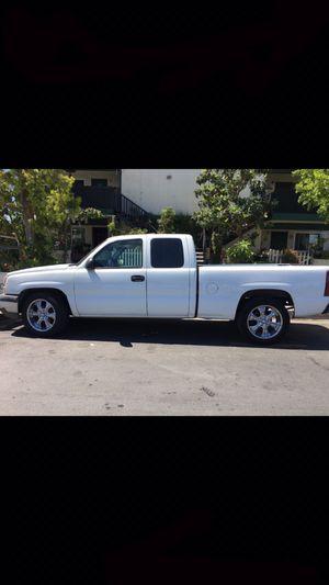 2003 White Chevy Silverado for Sale in Los Angeles, CA