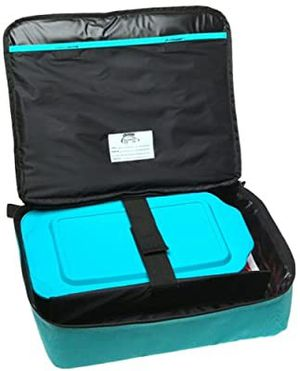 11-inch Pyrex Portables To Go. Bake and Carry. Rectangle Container and insulated travel bag. for Sale in Fort Lauderdale, FL