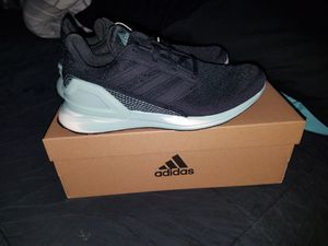 Adidas size 5 for Sale in Fort Worth, TX