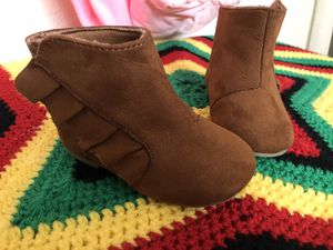 Baby girl boots for Sale in Manteca, CA
