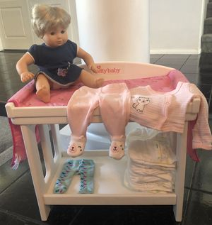 Itty Bitty Baby Doll with changing table, clothes & diapers for Sale in Las Vegas, NV