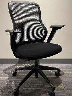 Knoll ReGeneratiom Chair for Sale in Kirkland,  WA