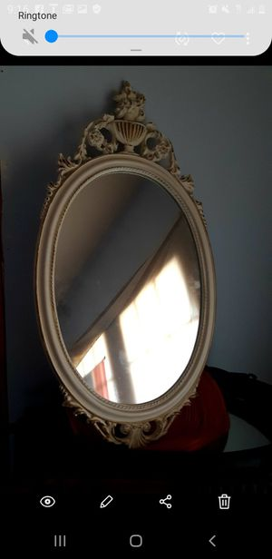 Antique mirror for Sale in Beverly, NJ