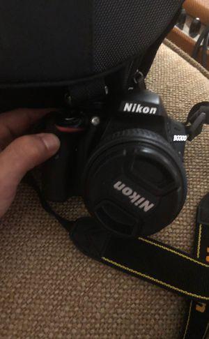 Nikon D3300 for Sale in Fresno, CA
