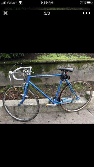 Vintage Peugeot road bike for Sale in Everett, WA