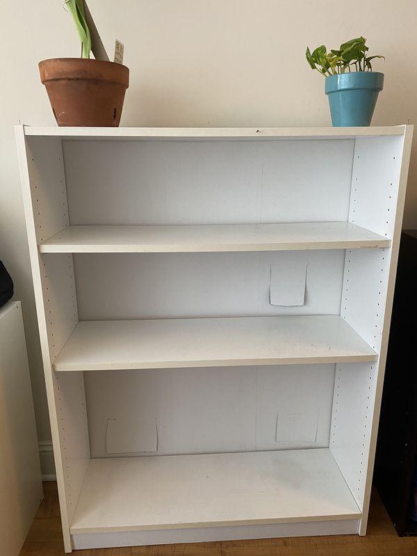 Wide, 3-Tier white open bookcase!!