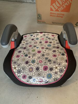 Booster seat for Sale in Saint Charles, MO