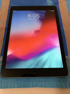 iPad 5 32Gb 9.7 4GLTE for Sale in Coral Gables, FL