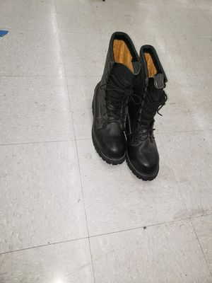 boots velbio ready for work in very good condition. for Sale in Snohomish, WA