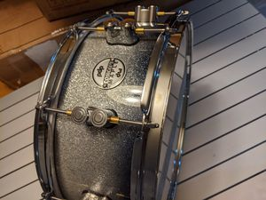 PDP CONCEPT MAPLE - SILVER TO BLACK SPARKLE FADE - CHROME HW for Sale in Phoenix, AZ