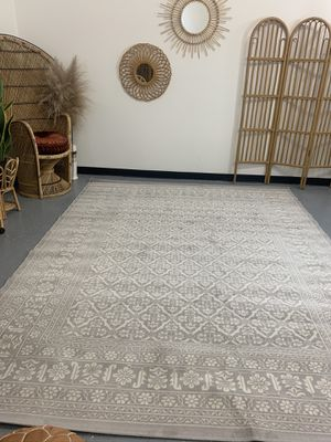 Petroula Natural 8x10 indoor area rug NEW grey ivory for Sale in Garden Grove, CA