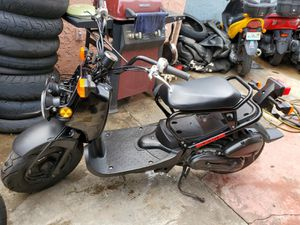 Honda Ruckus 2012 ready to roll nothing to spend for Sale in Miami Beach, FL