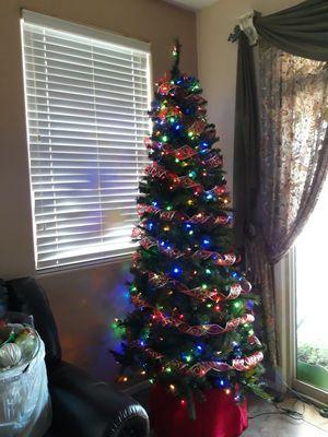 7.5' ft Slim pre-lit LED Christmas tree for Sale in Laveen Village, AZ