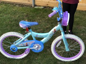 Girls Frozen Bike with Frozen Helmet for Sale in Somerset, MA