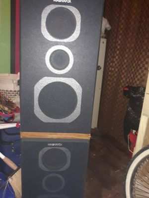 Set of 2 Magnovox speakers for Sale in Dewey, OK