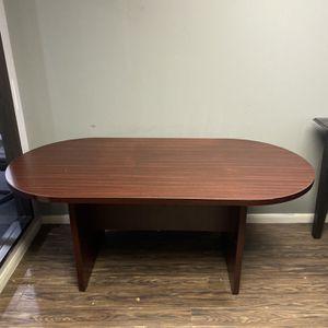Desk for Sale in Stafford, TX