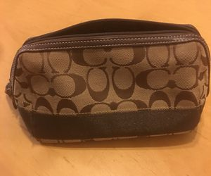 Coach makeup bag for Sale in Federal Way, WA