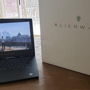 Alienware Gaming Laptop for Sale in Menifee, CA