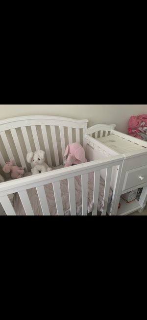 Baby Crib for Sale in Waldorf, MD