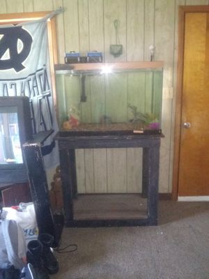 60 Gallon Fish Tank and Stand for Sale in Burlington, NC
