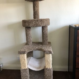Cat Tree for Sale in Fresno, CA