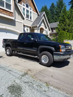 2004 Chevy 2500HD 4x4 69k orig. miles very well maintained ext.Cab 1owner (like new) for Sale in Snohomish, WA
