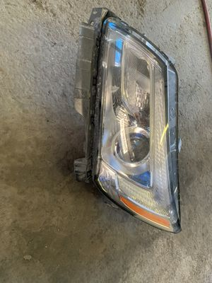 2015 Lincoln driver side headlight for Sale in Phoenix, AZ