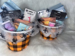 Makeup Spooky baskets for Sale in Los Angeles, CA