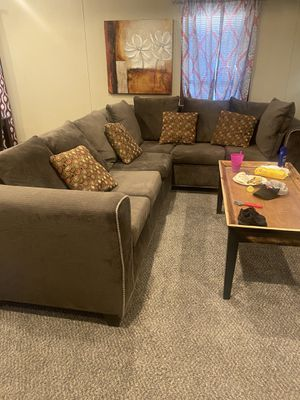 6 seater brown sectional for Sale in Tyler, TX