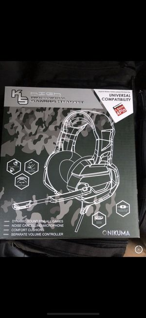 Brand New ONIKUMA Xbox One Gaming Headset, PS4 Headset with 7.1 Surround Sound, Noise Canceling Over-Ear Headphones with Mic, Soft Memory Earmuff for for Sale in Blacklick, OH