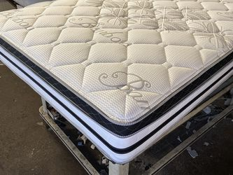 Pillow Top Mattress for Sale in Los Angeles,  CA